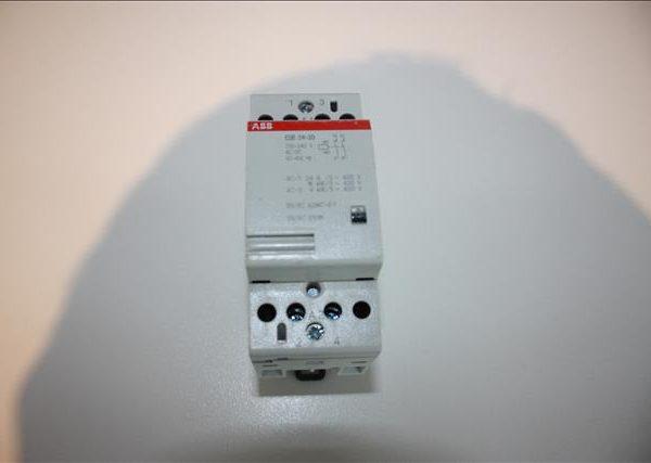 ABB Relaisschakelaar 2xNO 24A 230V-0