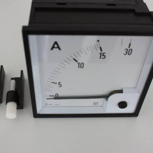 IME Amperemeter analoog max 30A-0