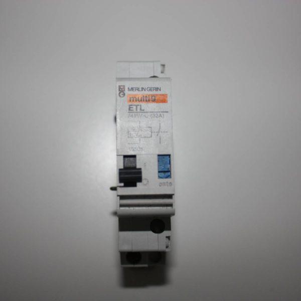 Merlin Gerin teleruptor uitbreiding - spoel 230V wissel/ 110V gelijk 50/60Hz - 1 NO 32A-0